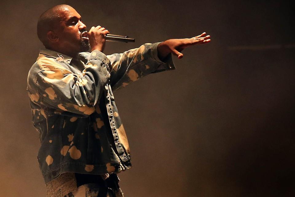 Kanye West heeft bijna 50 miljoen euro betaald voor zijn nieuwe huis in Malibu, zijn 'artistiek pand'.
