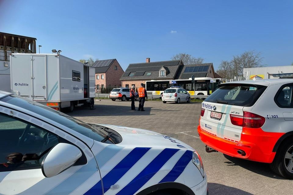 De politie controleert geregeld op drugstoeristen op lijnbussen.