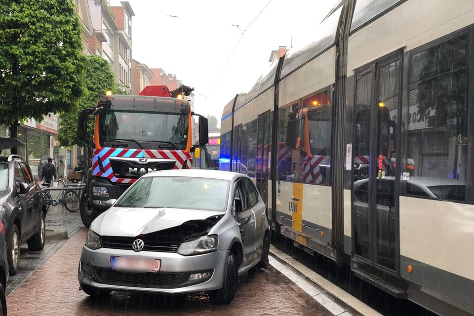 De Turnhoutsebaan in Borgerhout is een klassieke straat waar wel vaker ongevallen gebeuren.