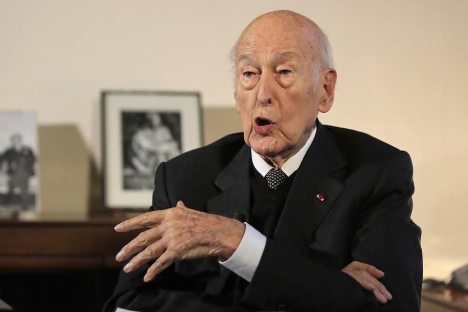 Valéry Giscard d'Estaing, 94 intussen, herinnert zich niets van het voorval, maar heeft zijn reputatie niet echt mee.
