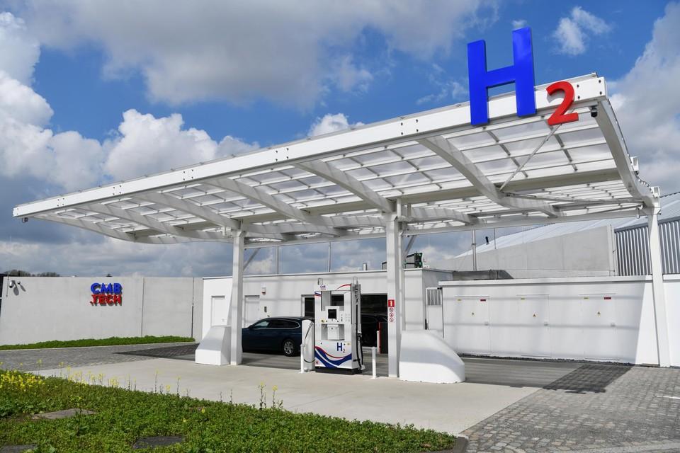 Vorige week opende de rederij CMB een tankstation voor waterstof in de Antwerpse haven.