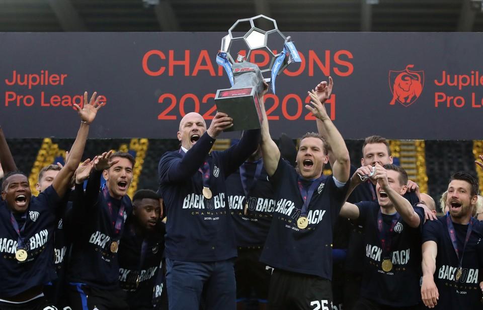 Clement gaat ook volgend seizoen met Club Brugge op zoek naar de landstitel.