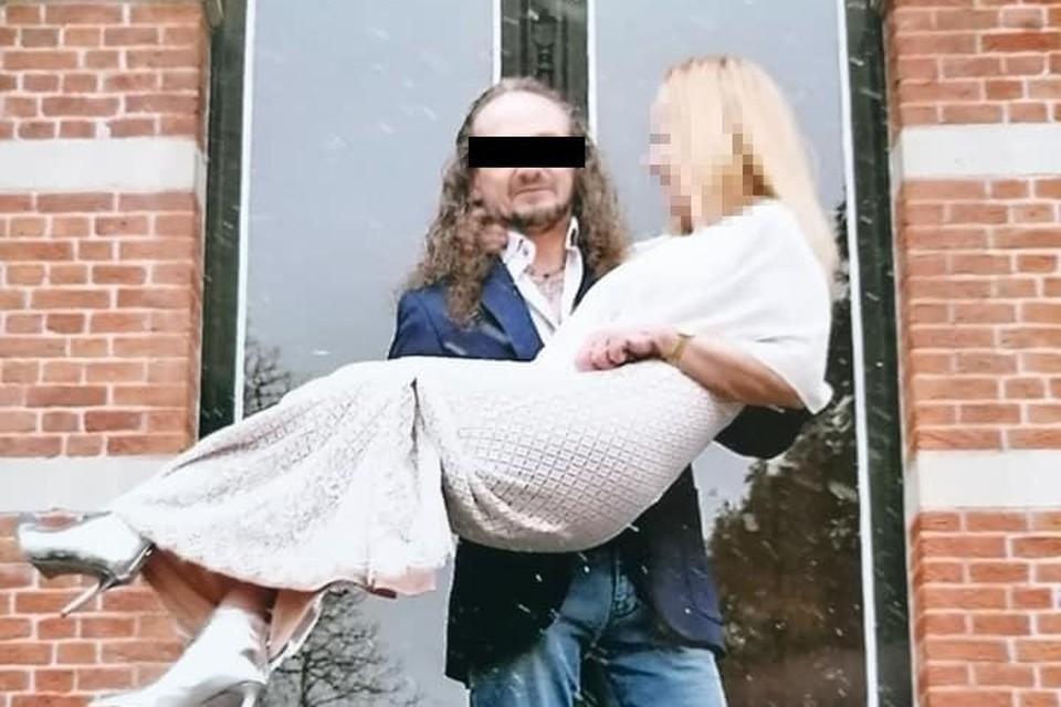 Danny S. met zijn kersverse bruid in januari 2021.