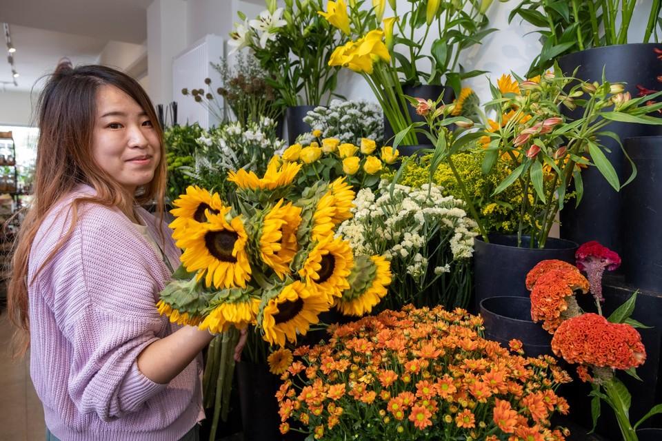 In Bloom op de Amerikalei verkopen Jason De Rijck (29)  en Stefan Vercauteren (30) honderd verschillende soorten snijbloemen.