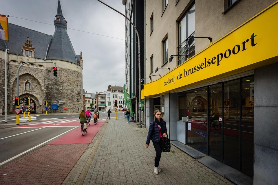 Bakkerij De Brusselsepoort ligt vlak bij de middeleeuwse Brusselpoort.