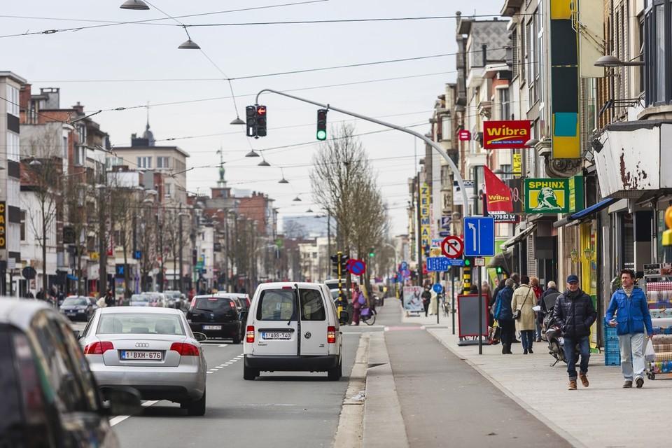 Het clusteren van winkels, bijvoorbeeld op de Bredabaan, moet de verschillende zaken versterken.