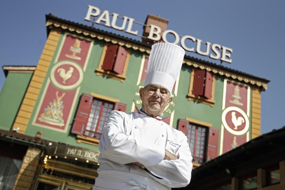 Wijlen Paul Bocuse voor zijn driesterrenzaak.