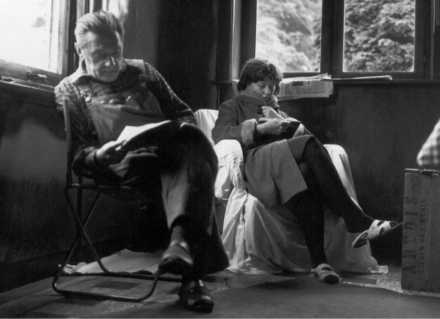 Schrijver Louis Paul Boon neemt in 1967 het script van door. Actrice Betsy Blair leest het boek .