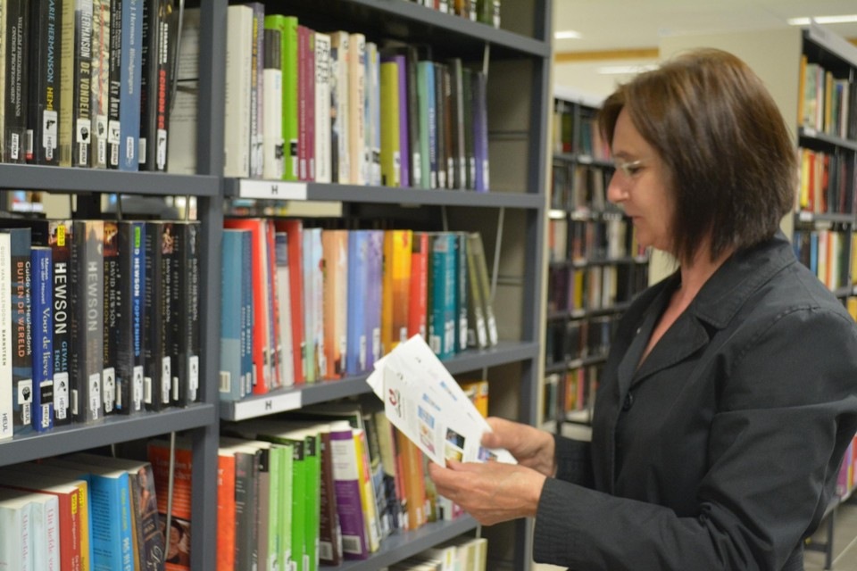 Even geen boeken kiezen in Aartselaarse bib.