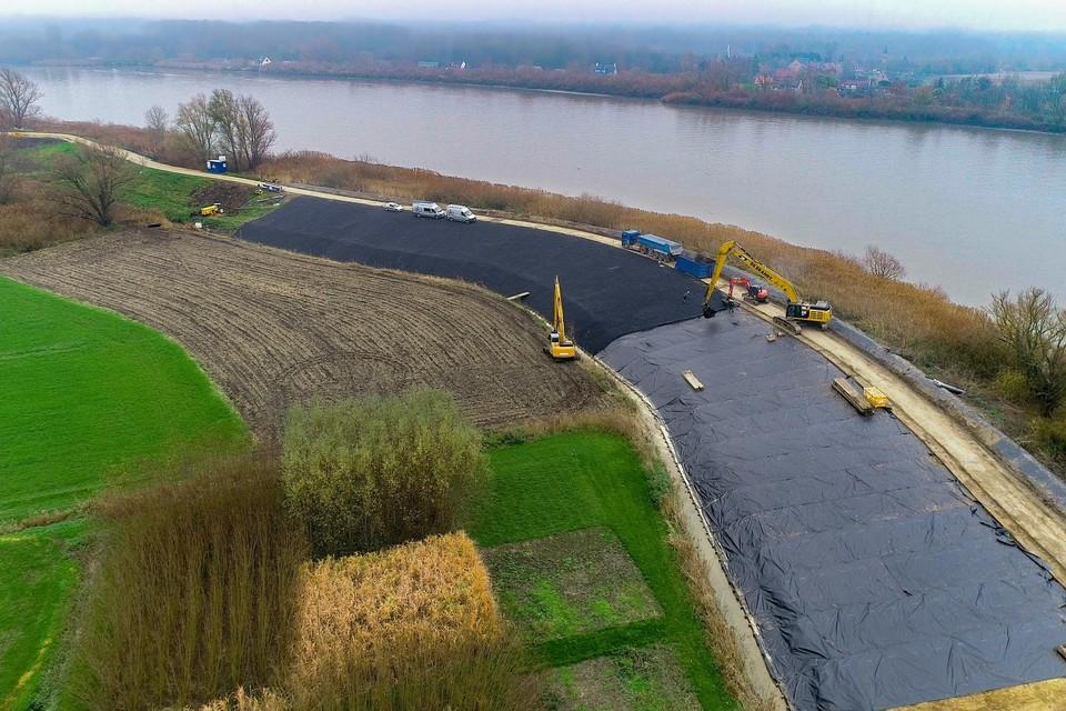 Vorig jaar werd in een eerste fase van de werken al asfalt aangebracht.