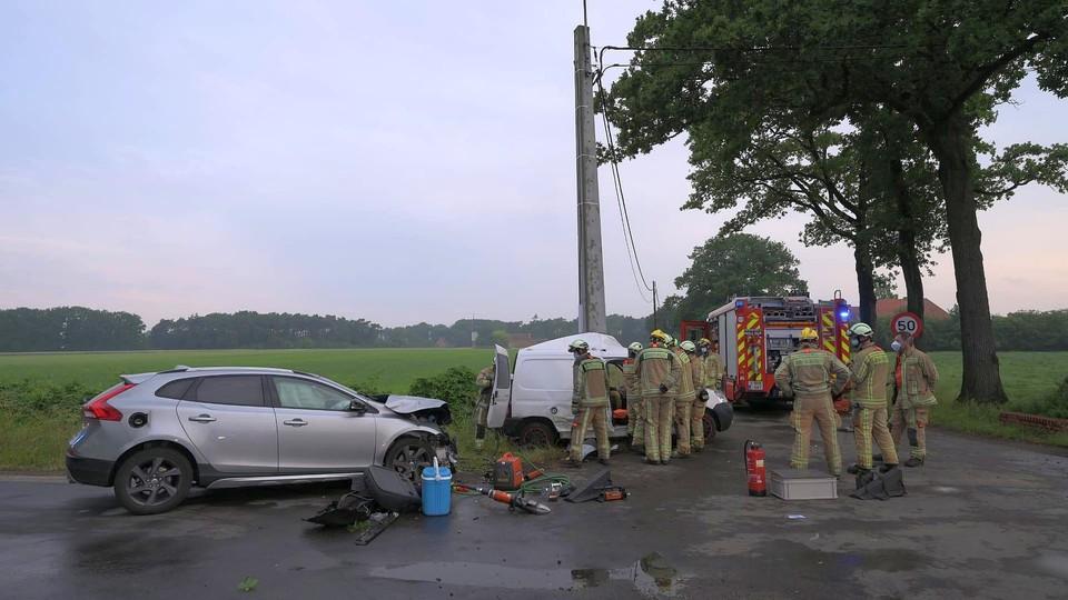 Het ongeval gebeurde na een botsing met een tweede auto.