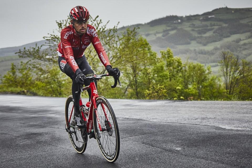 """Ook Harm Vanhoucke, die 20 minuten na winnaar Dombrowski finishte, zag gisteren af in de kletsnatte etappe. """"Een klotedag."""""""