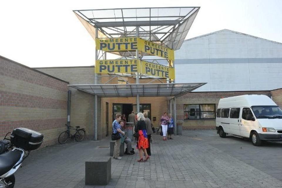 Het lokale bestuur van Putte wees  GC Klein Boom in december al aan als geschikte locatie voor een vaccinatiecentrum.