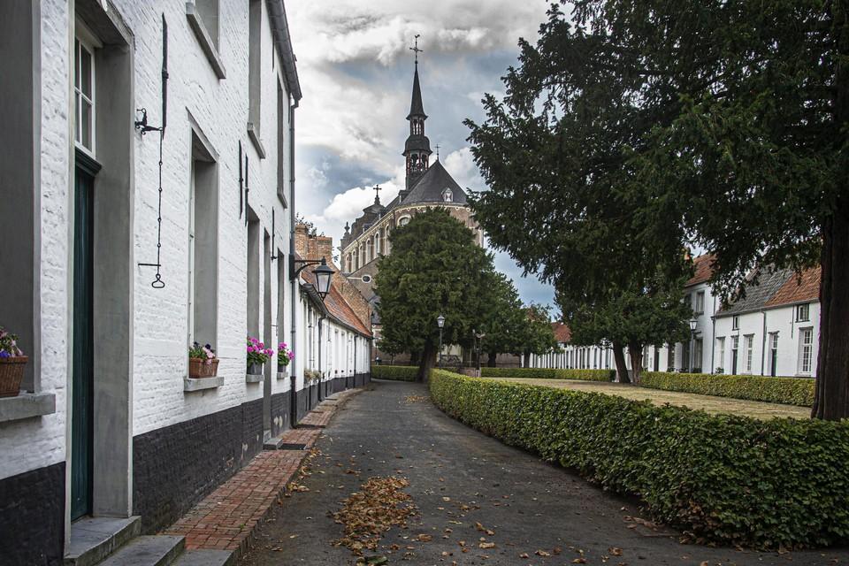 De home-invasion vond plaats in het Begijnhof in Hoogstraten.