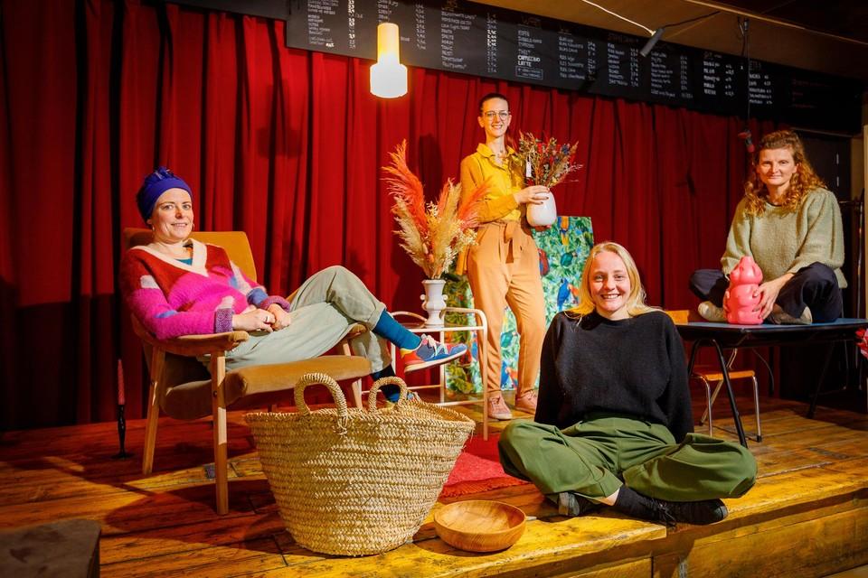 Lyne Aeyels, Nina Govaerts, Nele Van Rompaey en Griet Pické openen samen de pop-upwinkel Ode.