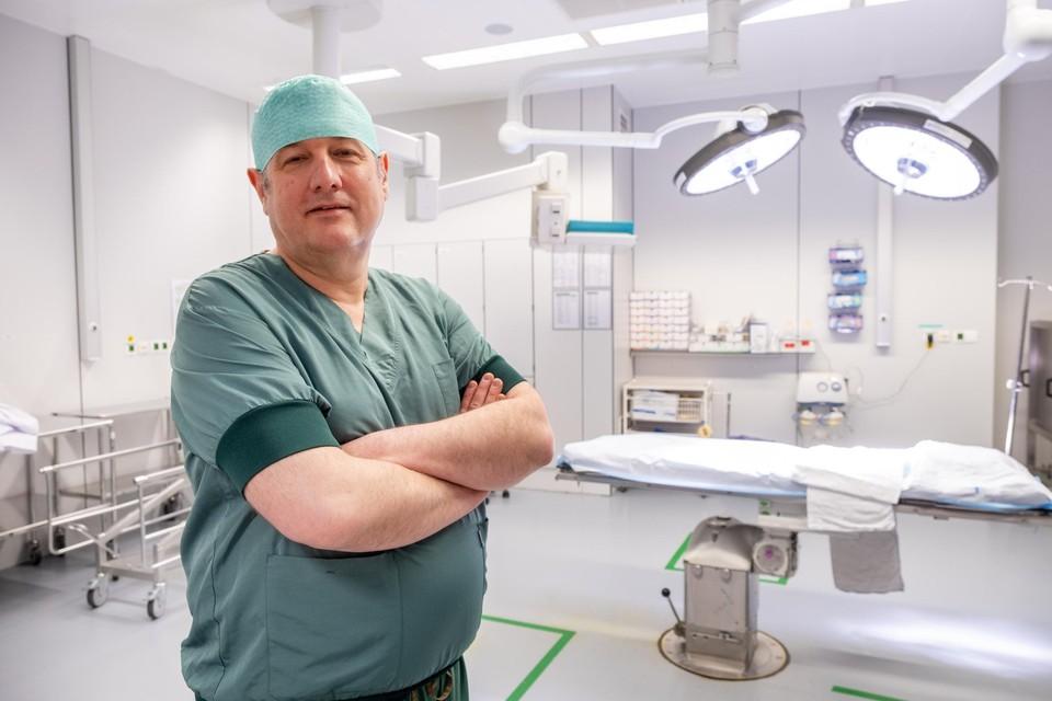 """Paul Leyman is een van de betrokken kinderchirurgen. """"Het is een vak apart."""""""
