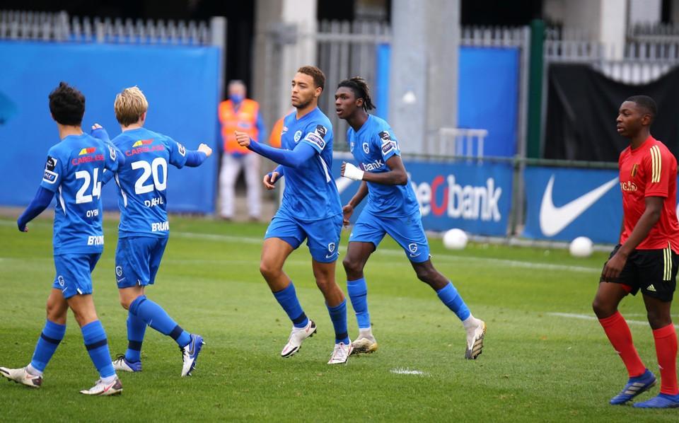 Cyriel Dessers scoorde het eerste Genkse doelpunt.
