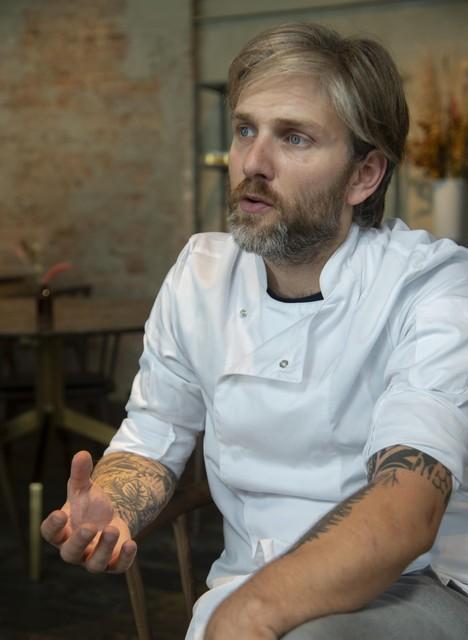 """Voor mij is een bistro niet de zaak die vol-au-vent en stoofvlees serveert"""", zegt Lars Block."""