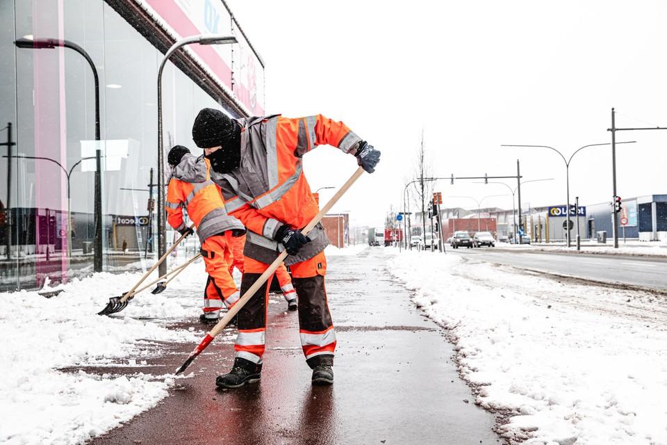 Ondanks de zware inspanningen was het in februari zeer moeilijk om de fietspaden sneeuw- en ijzelvrij te houden.