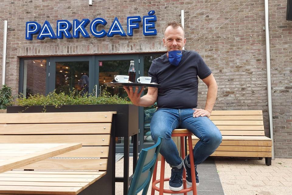 """""""Online promo is niet meer weg te denken in de horeca"""", zegt caféuitbater Danny Van den Ackerveken."""