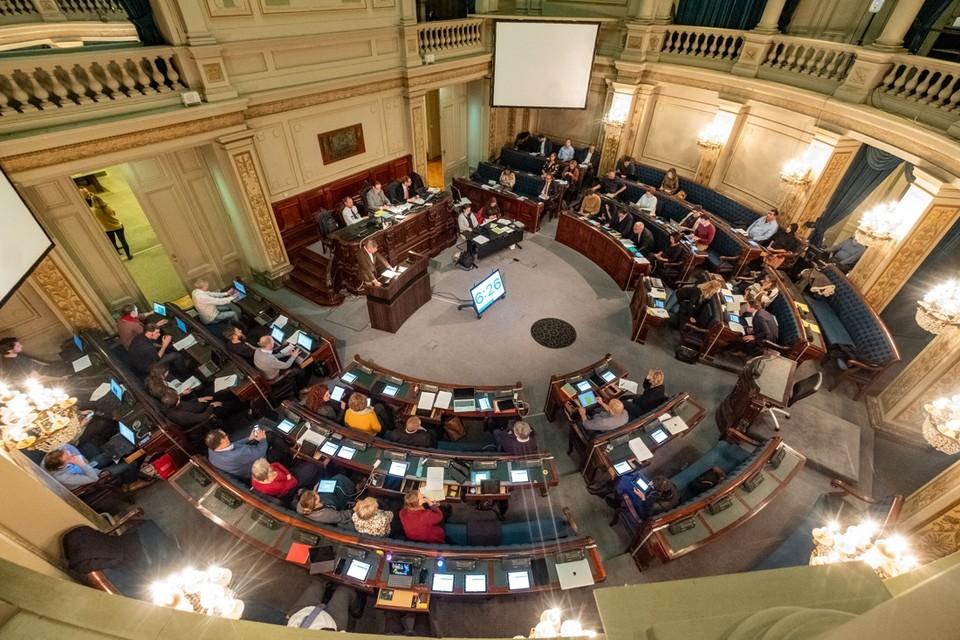 De gemeenteraad buigt zich over de centen van de stad Antwerpen.