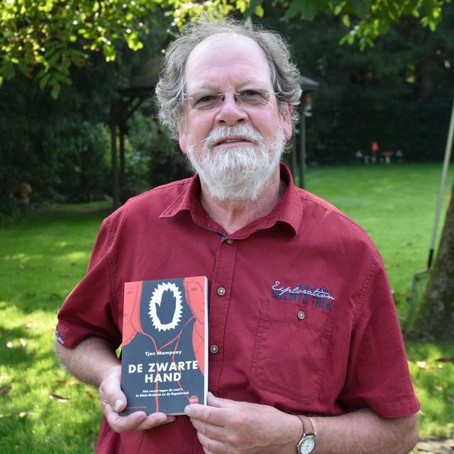 Tjen Mampaey schreef een boek over De Zwarte Hand.
