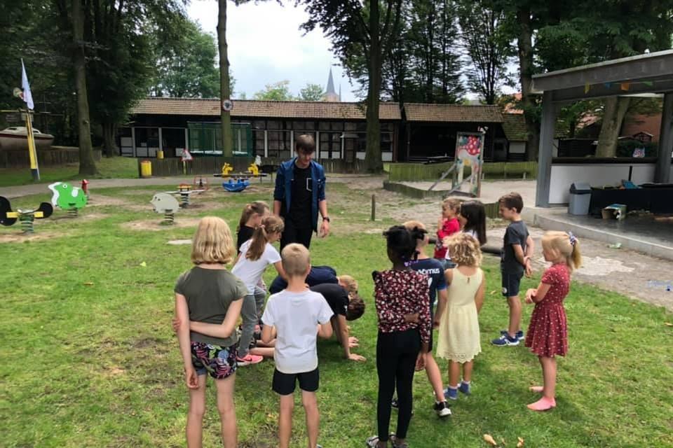 Kinderen amuseerden zich de voorbije zomervakantie weer op het speelplein Don Bosco in Beerse. De gemeente wil het gebied aan de Vrijwilligersstraat ontwikkelen tot een site Kind en Jeugd met een nieuw centraal gebouw.