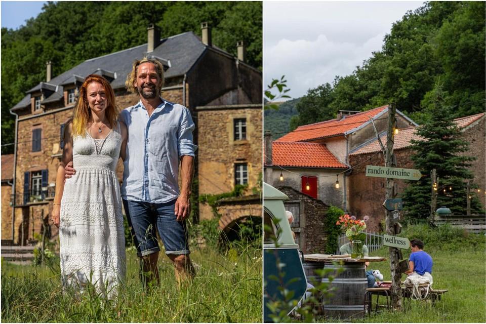 Febe en Joeri voor het , waarin vroeger de landheer met zijn familie woonde.