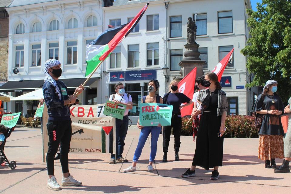 Op de Veemarkt werd een solidariteitsactie georganiseerd voor Palestina.
