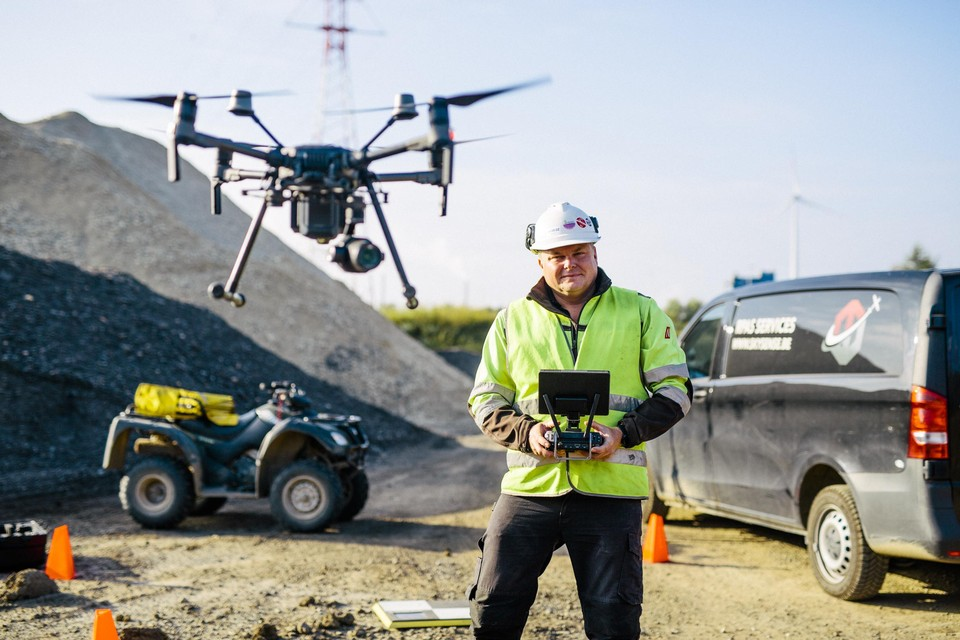 """Marcel Aertssen: """"Meer en meer bedrijven willen drones inzetten. Ik vlieg bijna elke dag."""""""