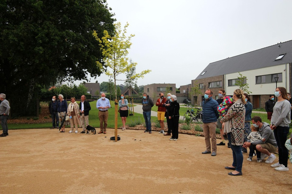 De opening van het speelpark in de Felix Timmermansstraat.
