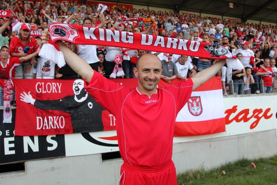 Pivaljevic was zo goed dat hij op 7 mei 2011 een afscheidsmatch kreeg op de Bosuil.