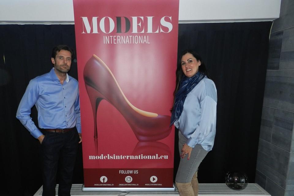 Het modellenbureau van Kurt en Sandra telt dertig modellen.