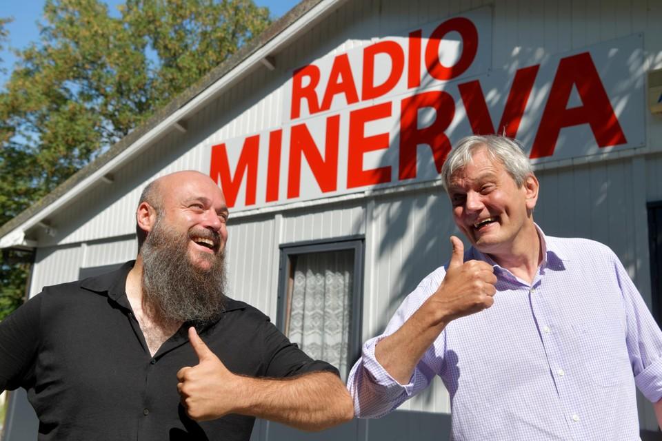 Andy Fierens en Cis Van de Bist bij Radio Minerva op Linkeroever.