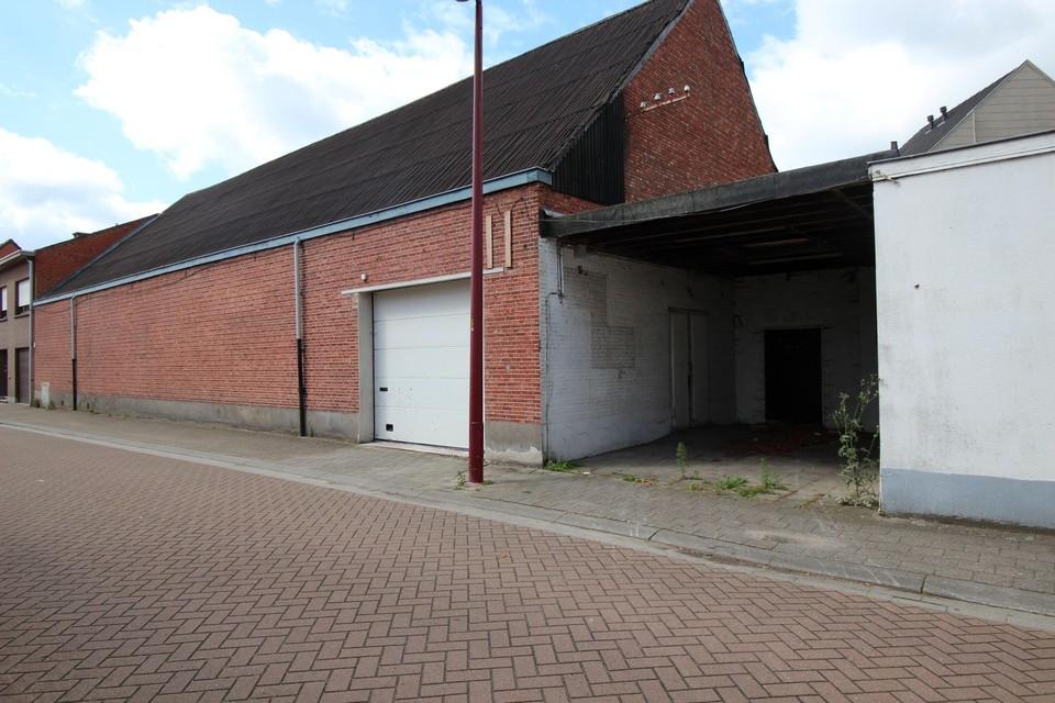 De voormalige ingang naar de feestzaal.