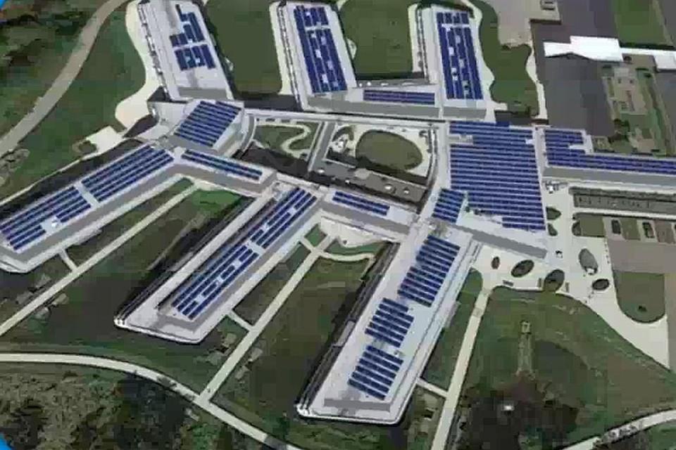 Een impressie van hoe het opvallende complex van Sint-Anna er vol zonnepanelen gaat uitzien.