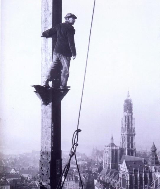 Iconische foto van de opbouw van de Boerentoren, 1929.