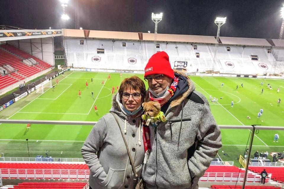 Patrick en zijn vrouw Diane voor de Europese wedstrijd van zijn geliefde club Antwerp FC tegen Tottenham.