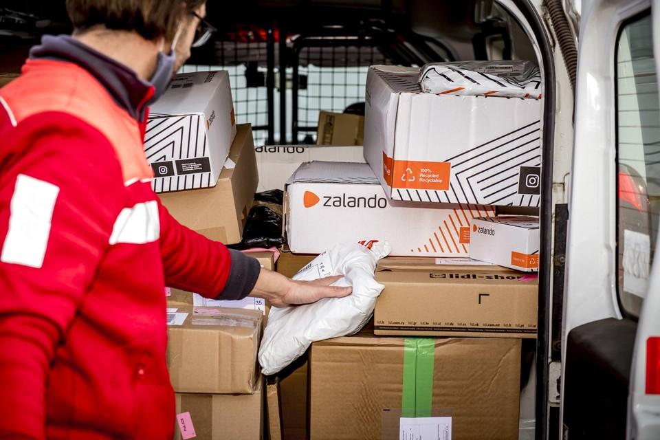 Het aantal pakjes neemt nog steeds toe. Bpost neemt volgend jaar in Rijkevorsel een distributiecentrum voor de Noorderkempen in gebruik.