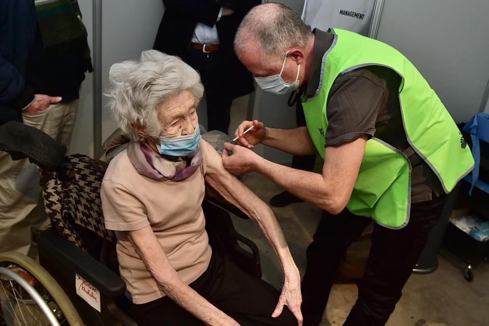 In het vaccinatiecentrum in Mechelen zijn al 15.000 mensen gevaccineerd.