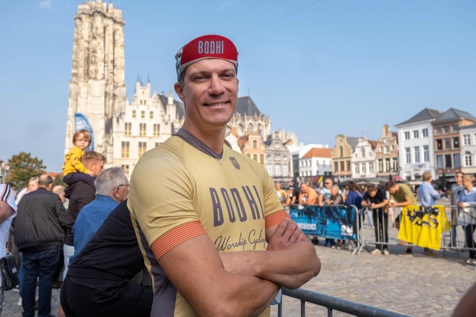 Denis Renders fietste na zijn halte in thuisbasis Mechelen nog door naar Leuven.