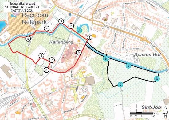 De oude kaart van Van Deventer met in de bovenhoek de afbeelding van de nieuwe wandeling.