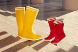 thumbnail: <P>Omdat echte liefde door weer en wind gaat, personaliseerbare laarzen - Aigle - 63 euro. Koop een blanco paar op Valentijn en laat ze nadien personaliseren door het Franse atelier IKKOE. </P>