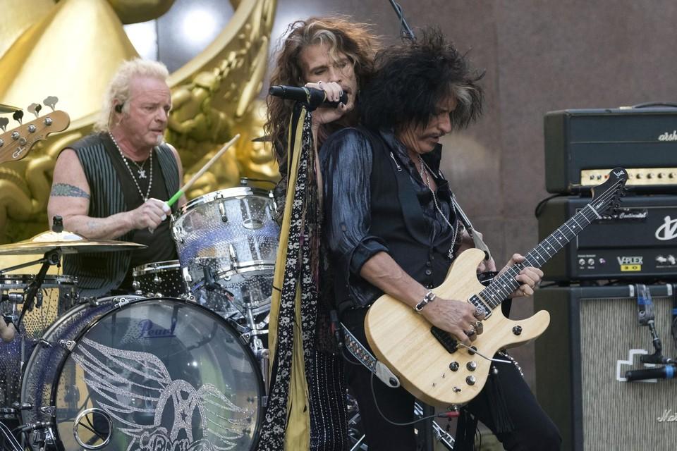 Aerosmith is de headliner op zondag.