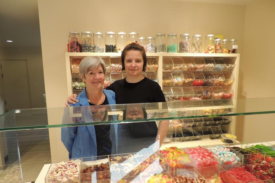 Magda en Cin in de zoete geur van de snoepjes