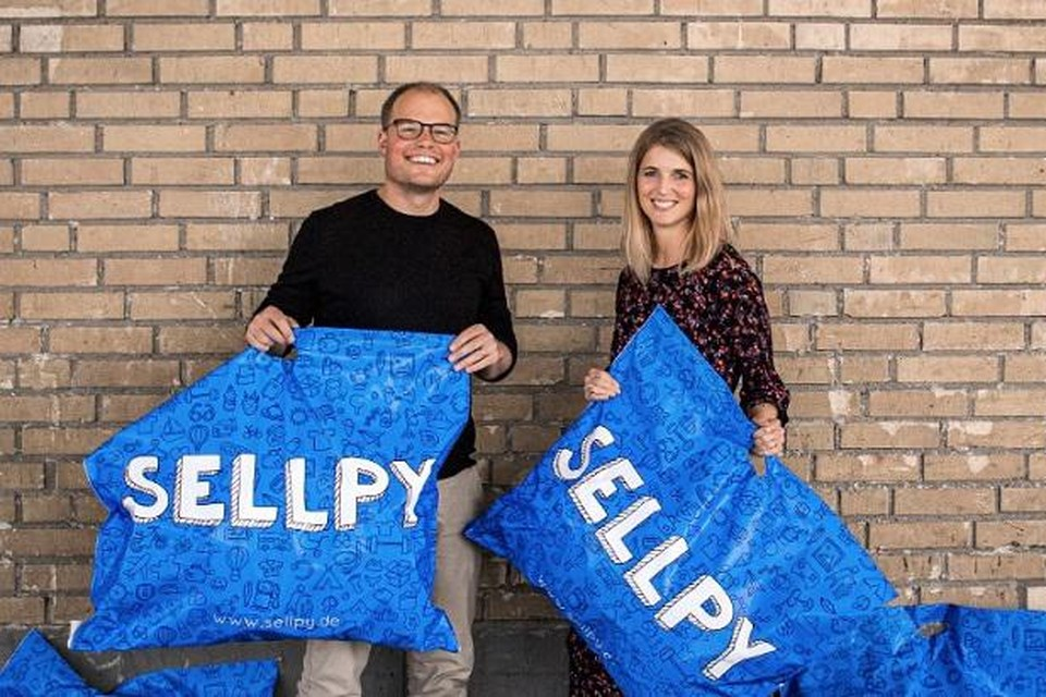 CEO Michael Arnör van Sellpy en Nanna Andersen van H&M.