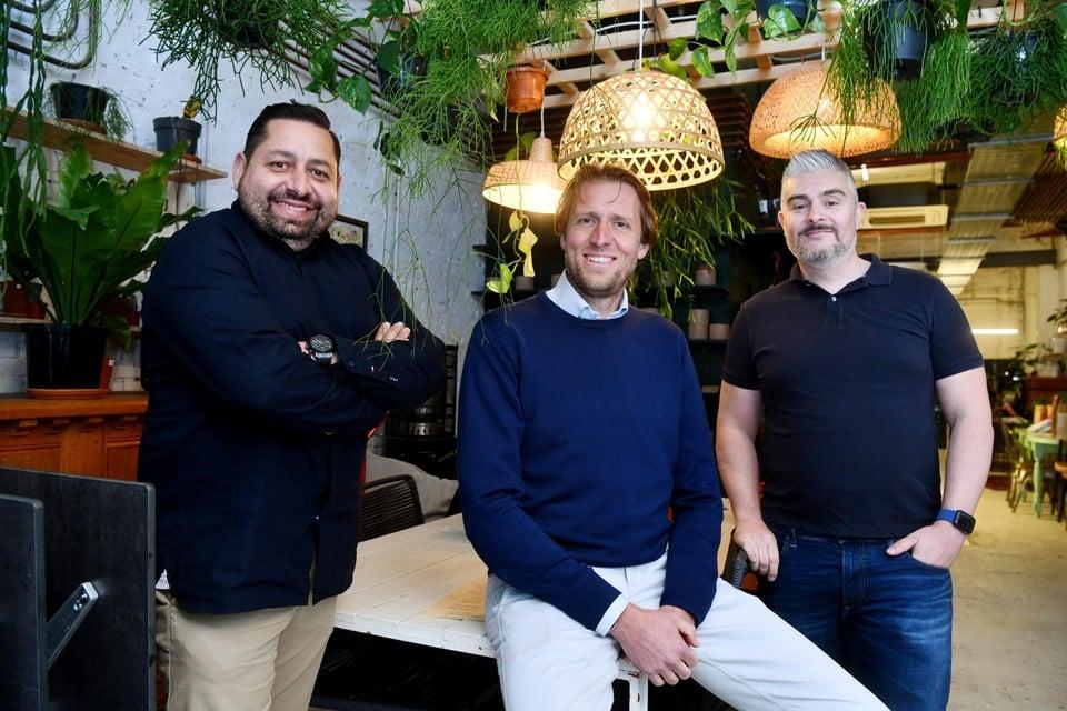 Bezieler achter FlyEtic is ondernemer Kiarash Nabavieh (links). Hij baat op het Antwerpse Schengenplein horecazaak Green Garage uit.