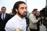 thumbnail: Jejoen Bontinck kwam onder grote belangstelling toe aan het justitiepaleis.