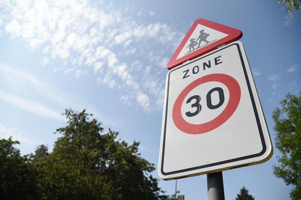 In zeven straten, de Oude Leestsebaan en omgeving, voert de stad Mechelen een zone 30 in.