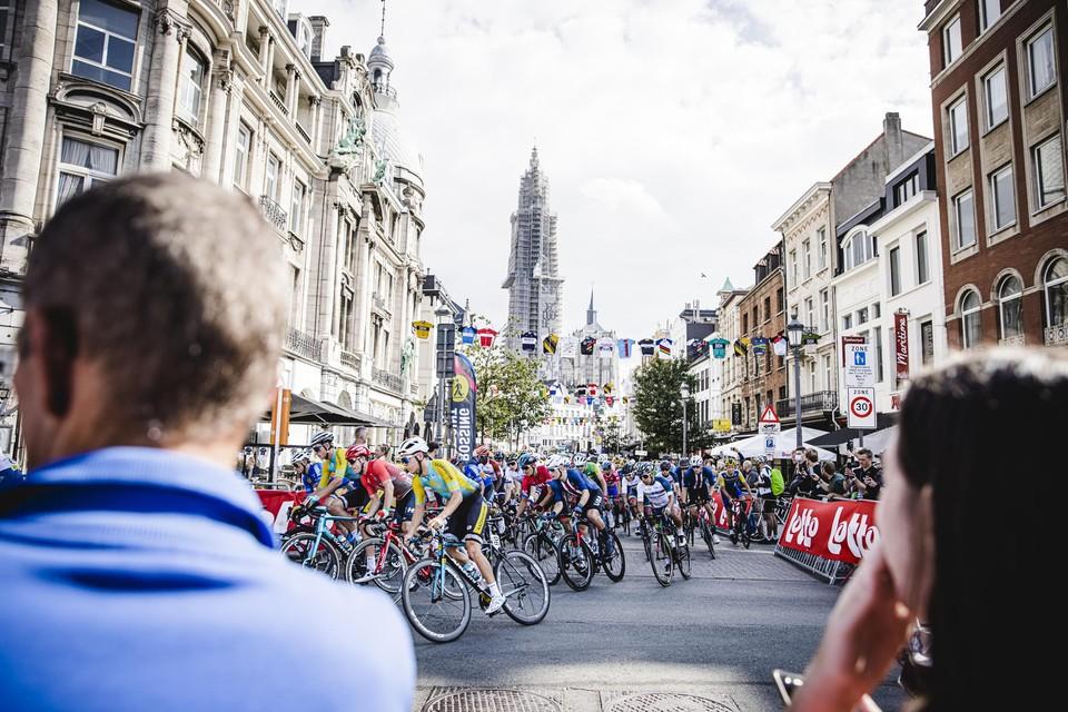 De beloften vertrekken in Antwerpen.